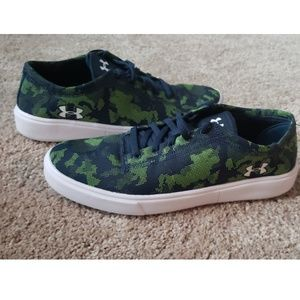 Under armour Low lightweight shoes Kickit2